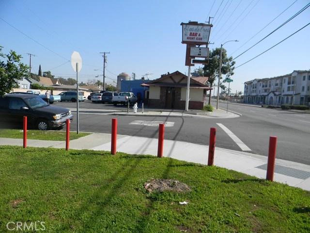 3331 W 1st Street, Santa Ana, CA 92703