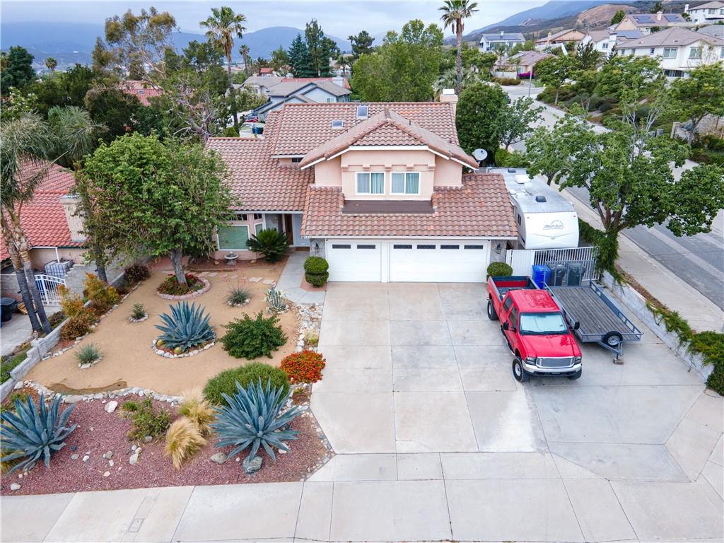 2. 6816 Huntington Drive San Bernardino, CA 92407