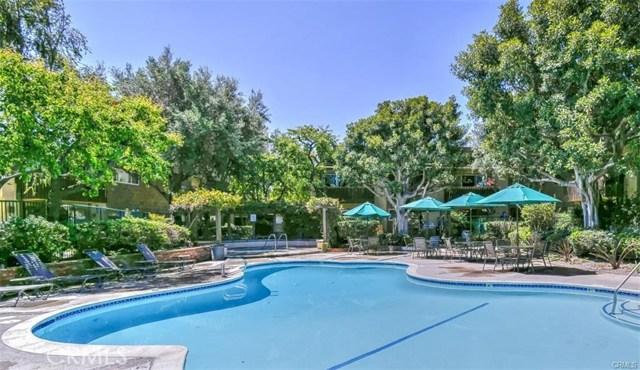 3050 S Bristol Street 15T, Santa Ana, CA 92704