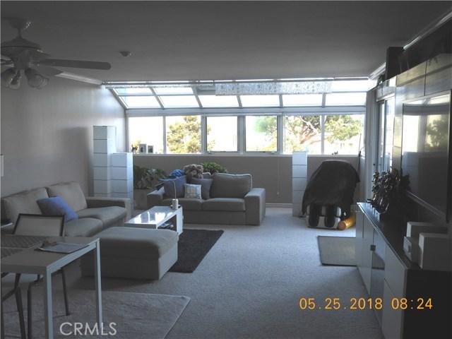 220 The Village 102, Redondo Beach, California 90277, 2 Bedrooms Bedrooms, ,1 BathroomBathrooms,For Rent,The Village,SB18125123