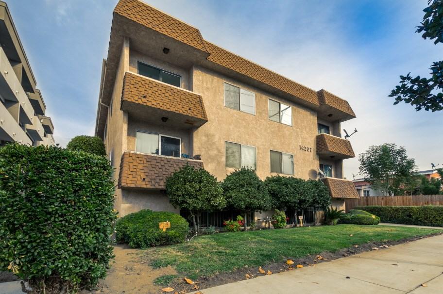 14307 Roscoe Boulevard 202, Panorama City, CA 91402
