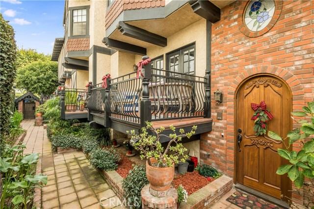 227 Irena Avenue 10, Redondo Beach, California 90277, 3 Bedrooms Bedrooms, ,1 BathroomBathrooms,For Sale,Irena,PV20254137
