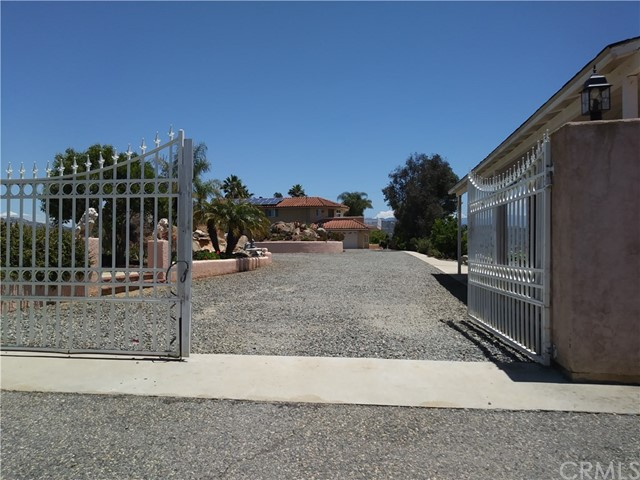 764 Rainbow Hills Road, Fallbrook, CA 92028