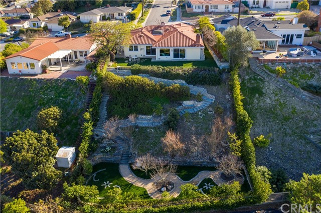 9. 5333 Littlebow Road Rancho Palos Verdes, CA 90275