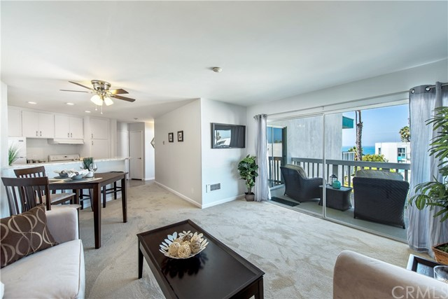 610 The Village 304, Redondo Beach, CA 90277