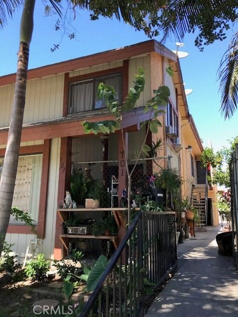 701 E Chestnut Avenue, Santa Ana, CA 92701
