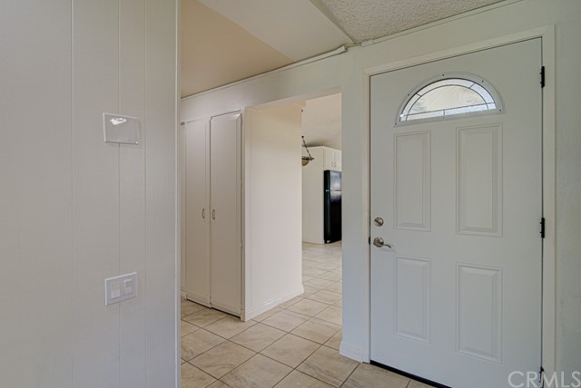 view looking towards the kitchen from the inside front entry.
