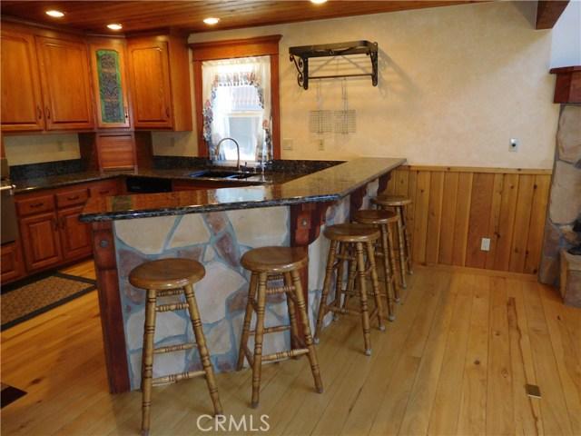 670 Dahlia Dr, Green Valley Lake, CA 92341 Photo 8
