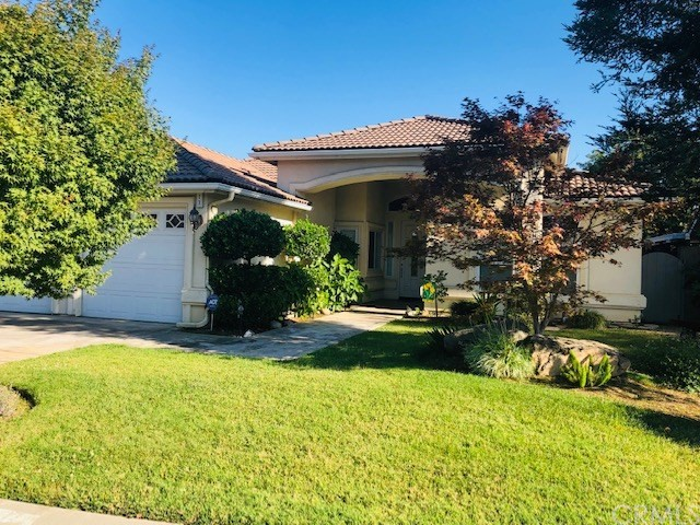 17 Breeze Way, Madera, CA 93637
