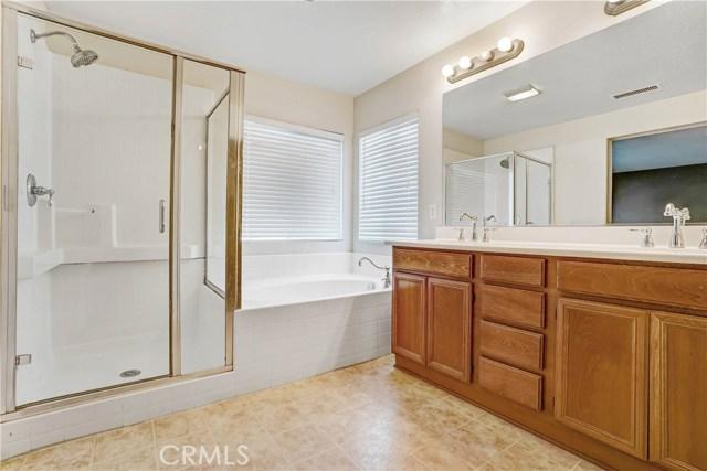 13785 Coolidge Wy, Oak Hills, CA 92344 Photo 17