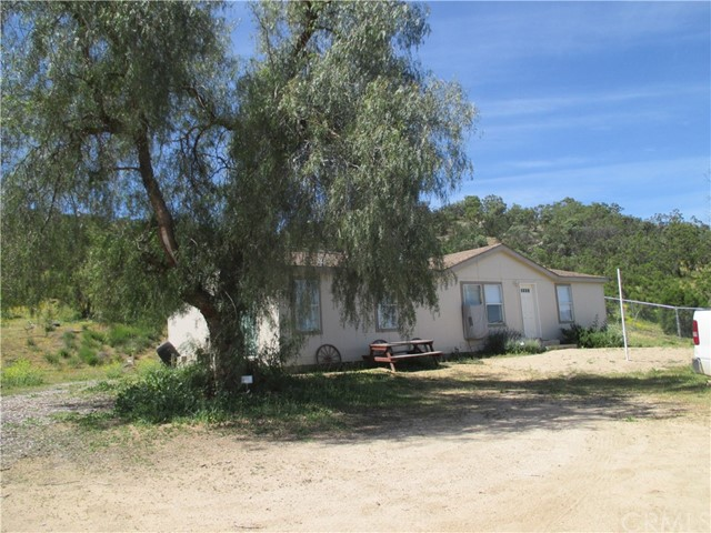 48905 Valley Drive, Aguanga, CA 92536