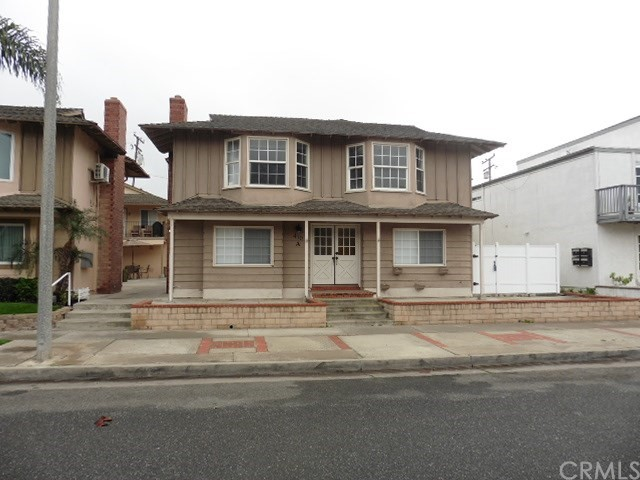 410 21st Street, Huntington Beach, CA 92648