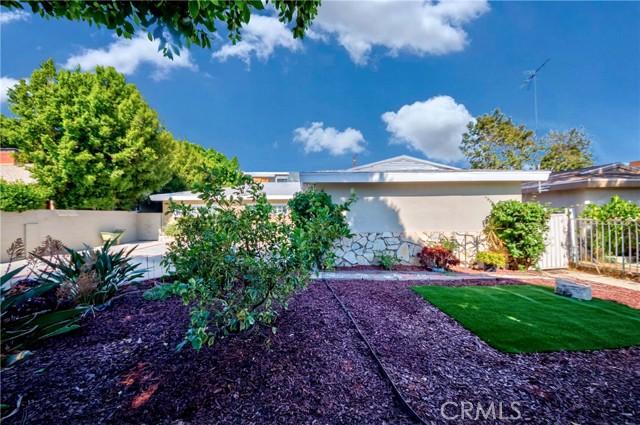 4. 7002 Van Noord Avenue North Hollywood, CA 91605