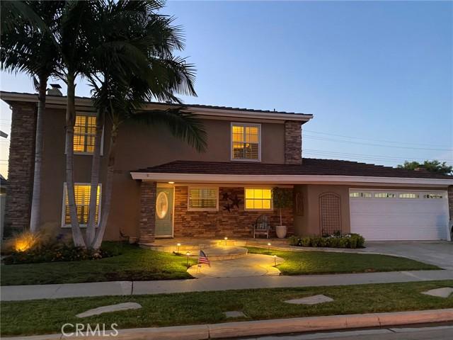60. 2016 Calvert Avenue Costa Mesa, CA 92626