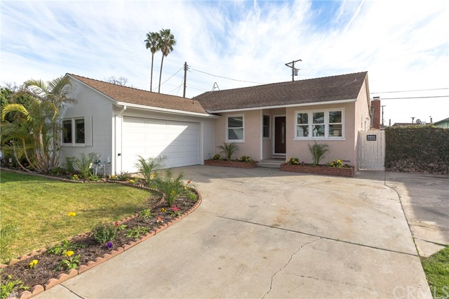 3902 148th Street, Hawthorne, California 90250, 3 Bedrooms Bedrooms, ,2 BathroomsBathrooms,Single family residence,For Sale,148th,SB19005954
