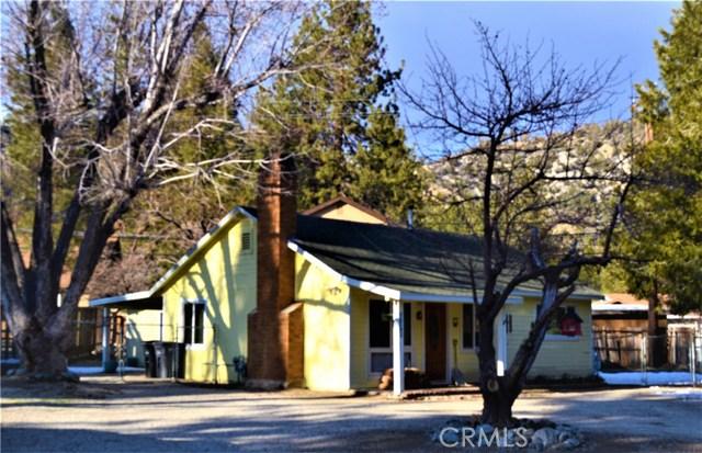938 Apple Avenue, Wrightwood, CA 92397