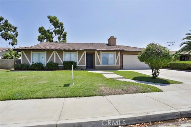 1481 S San Dimas Avenue, Bloomington, CA 92316