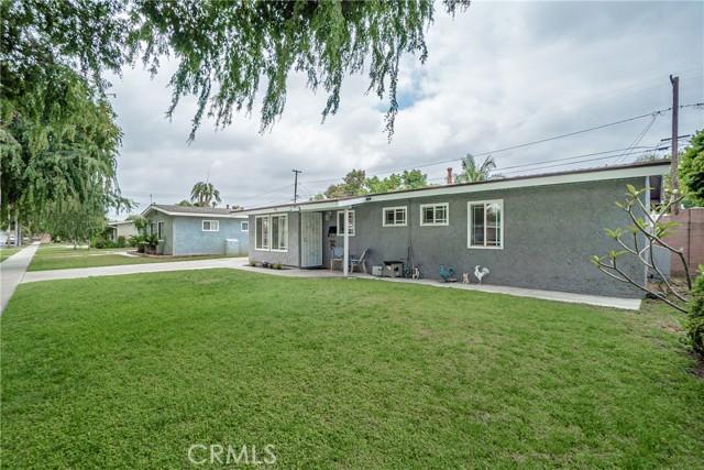 3. 6920 E Bacarro Street Long Beach, CA 90815