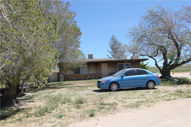 20144 Tussing Ranch Avenue, Apple Valley, CA 92308
