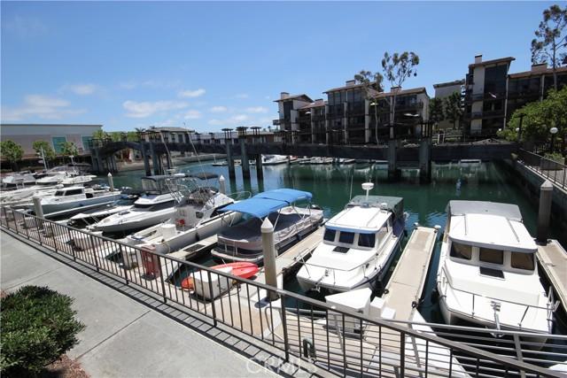 7126 Marina Pacifica Dr, Long Beach, CA 90803