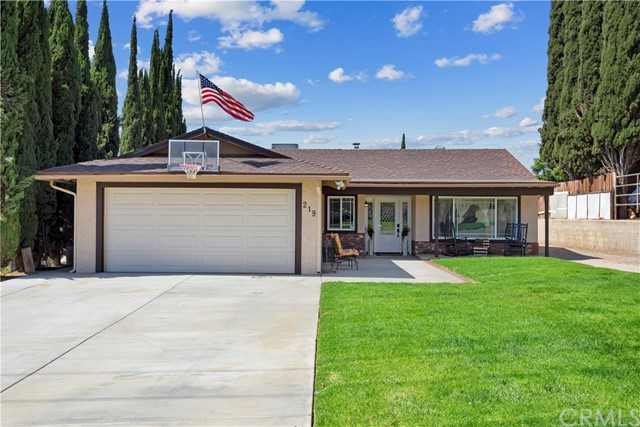 219 8th street, Norco, CA 92860