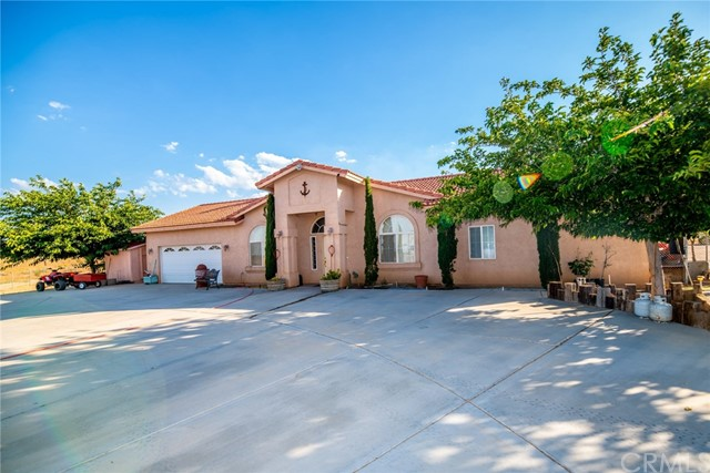 4465 Sunset Road, Phelan, CA 92371