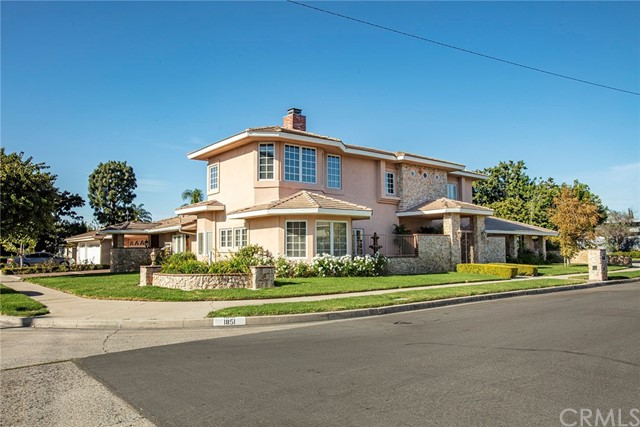 1851 Braemar Way, Newport Beach, CA 92660