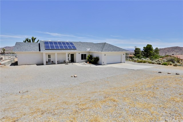 61164 Navajo Trail, Joshua Tree, CA 92252