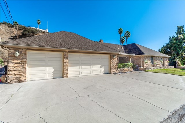 4695 David Way, San Bernardino, CA 92404