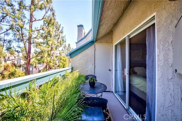31. 1445 Brett Place #314 San Pedro, CA 90732