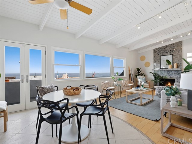 3605 Crest Drive, Manhattan Beach, California 90266, 2 Bedrooms Bedrooms, ,2 BathroomsBathrooms,For Sale,Crest,PW20101894