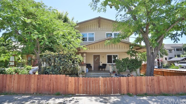 338 W Halesworth Street, Santa Ana, CA 92701