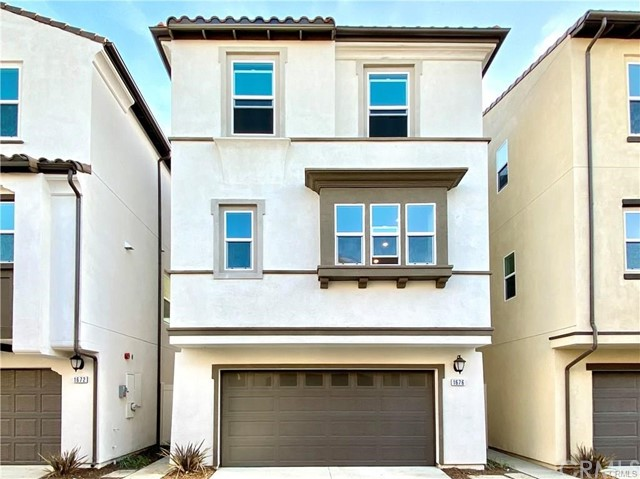 1684 W RHOMBUS Lane, Anaheim, CA 92802