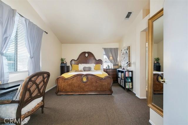 19. 843 Viewtop Circle Corona, CA 92881