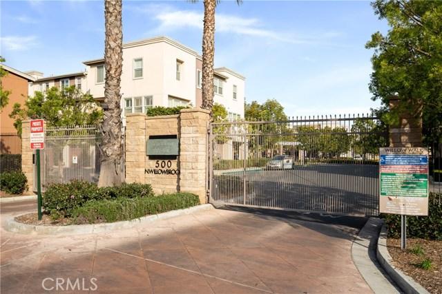 500 N Willowbrook Avenue H7, Compton, CA 90220