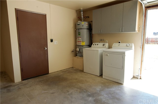 Garage Laundry and house entrance