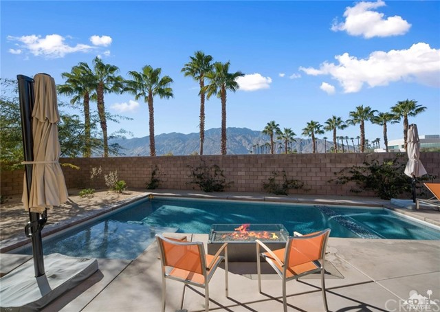 4101 Amber Lane, Palm Springs, CA 92262