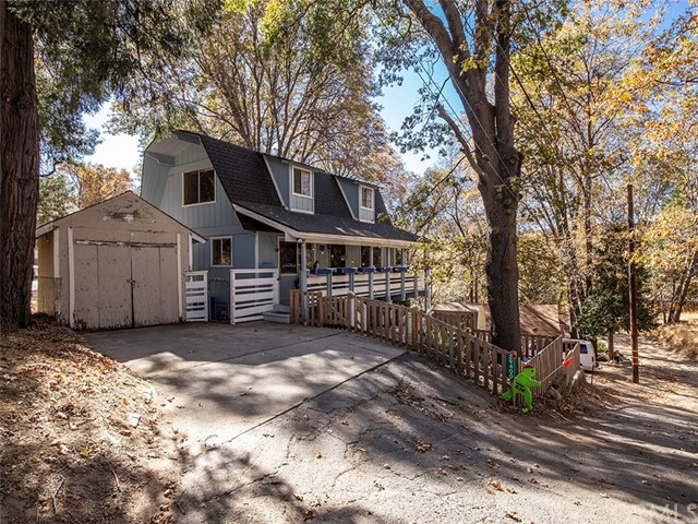29400 Lake View Drive, Cedar Glen, CA 92321