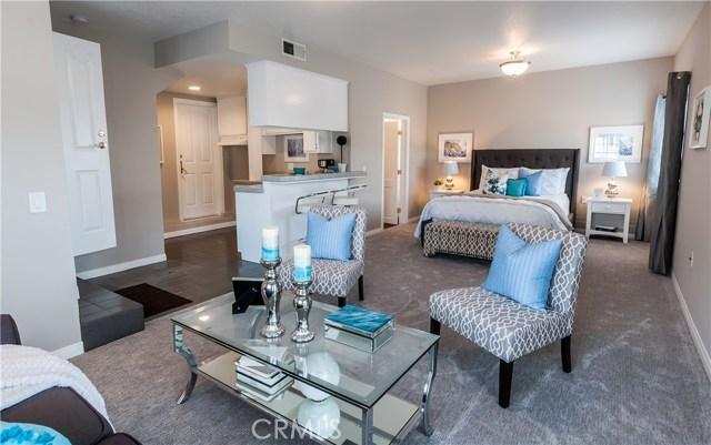 328 Rosecrans Avenue B, Manhattan Beach, California 90266, 1 Bedroom Bedrooms, ,1 BathroomBathrooms,For Rent,Rosecrans,SB19236143