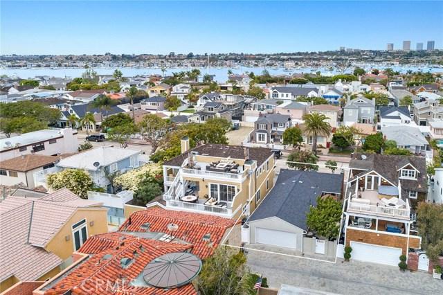 地址: 1569 Ocean Boulevard, Newport Beach, CA 92661