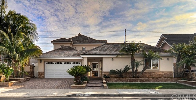 9562 Peppertree Drive, Huntington Beach, CA 92646