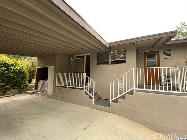 10727 Samoa Ave Avenue, Tujunga, CA 91042