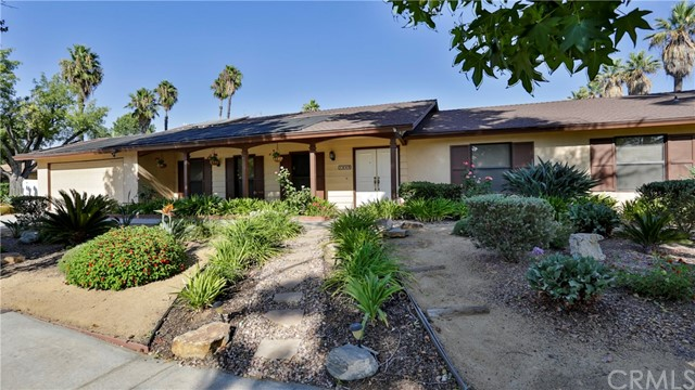 1449 Fawn Court, Redlands, CA 92373
