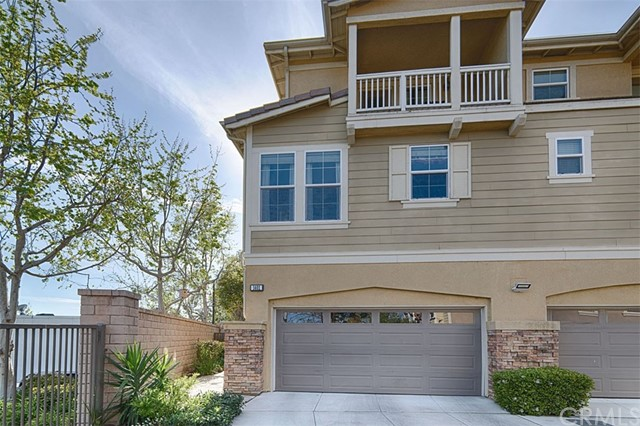 1401 University Circle, Fullerton, CA 92835