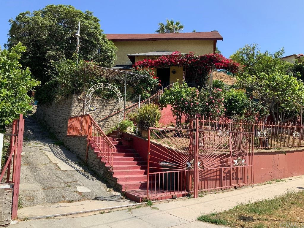 444   S Savannah Street, Los Angeles CA 90033
