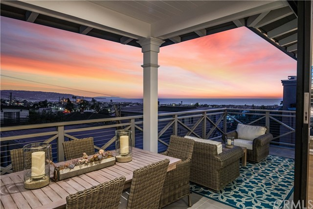942 15th Street, Hermosa Beach, CA 90254