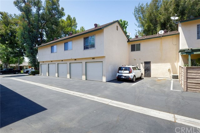 22. 1736 N Oak Knoll Drive #C Anaheim, CA 92807