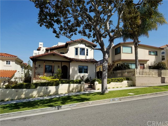 763 Avenue A, Redondo Beach, California 90277, 4 Bedrooms Bedrooms, ,3 BathroomsBathrooms,For Sale,Avenue A,SB16053876