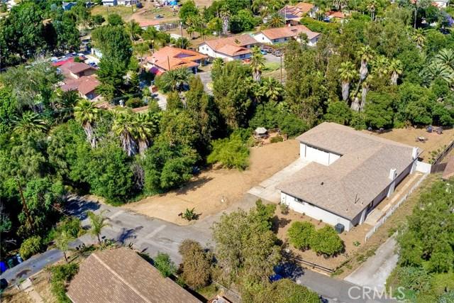 1661 Foothill Drive, Vista, CA 92084