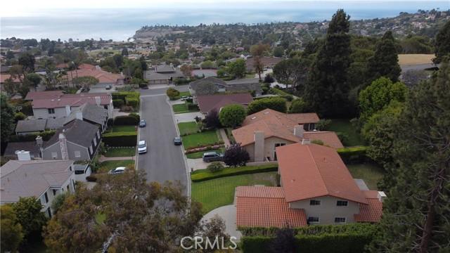 10. 3018 Via Borica Palos Verdes Estates, CA 90274